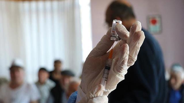 Aşı dolandırıcılarına karşı uyarılar art arda geliyor: Ölüme bile neden olabilir