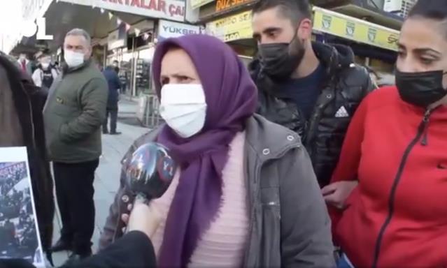 Kongrelere tepki gösteren vatandaş, AK Parti'yi duyunca savunmaya geçti: Onlar ne yapıyorsa doğrudur