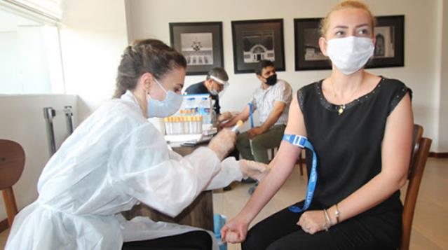 Bilim Kurulu Üyesi Prof. Dr. İlhan: 15 milyon vatandaşın koronavirüs antikoru oluşturduğunu söylemek mümkün